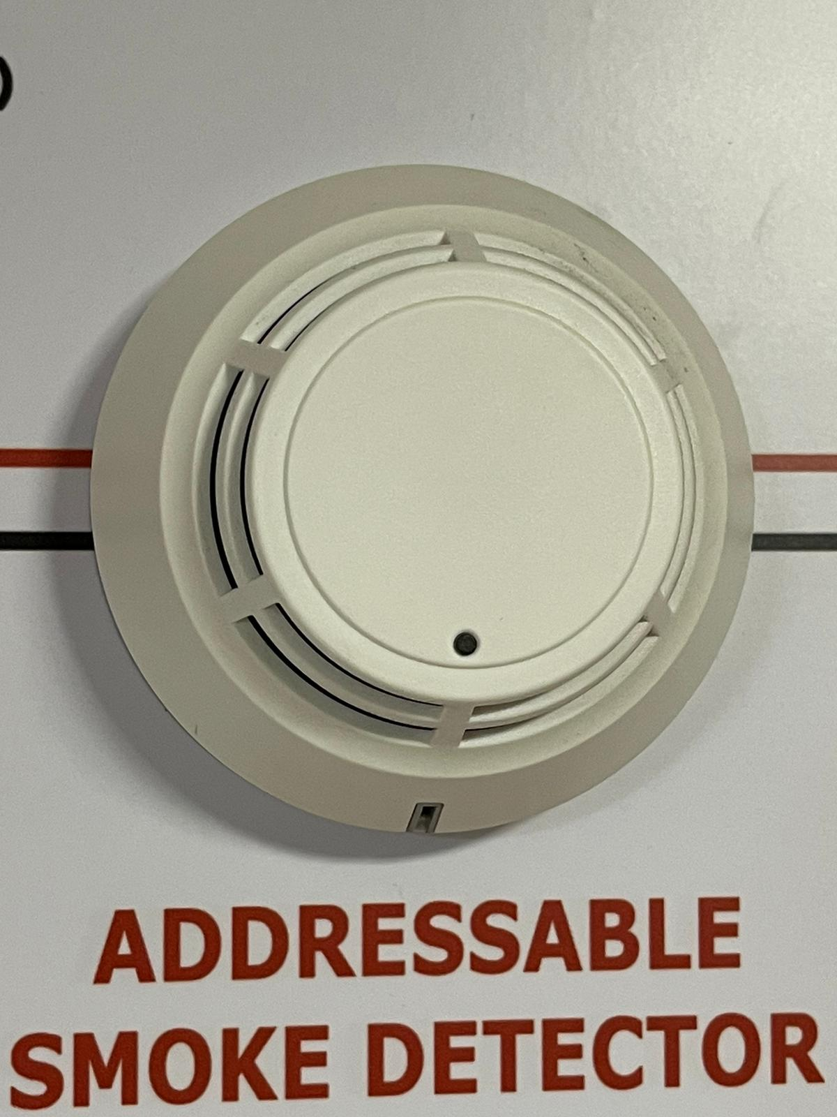 POINT-TYPE PHOTOELECTRIC SMOKE DETECTOR